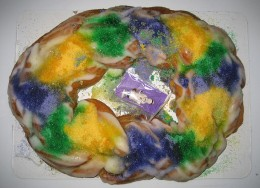 Mardi Gras King Cake (Photo Credit: Wikimedia Commons)