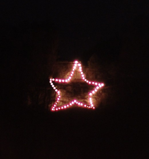 "December 2008 - When they saw the star, they rejoiced with exceeding great joy.""  Matthew 2:10"