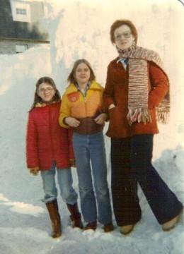Mich, Cheri and Mom.