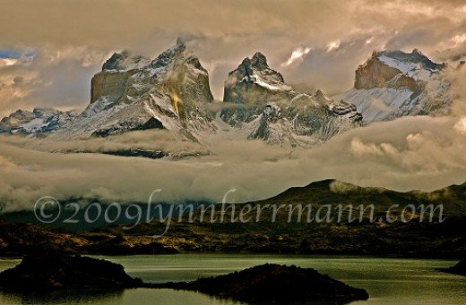 Lago Pehoe in Parque Nacional Torres del Paine is front cover territory for nature photographers.