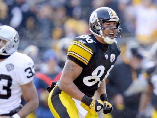 Hines Ward (86) celebrates after making a catch against the Oakland Raiders during the first quarter of an NFL football game Sunday Dec. 6, 2009 in Pittsburgh. Oakland won 27-24.(AP Photo/Don Wright)
