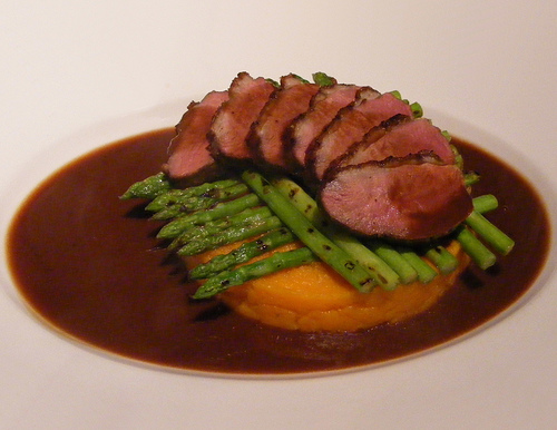 Duck breast on mashed sweet potatoes http://www.flickr.com/photos/fotoosvanrobin/2374987903/