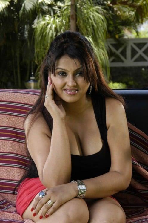 Tamil Hot Masala Actress
