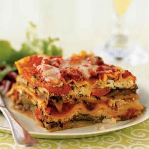 Meat lasagna http://mauritianrecipes.com/wp-content/uploads/2009/04/lasagna-ck-1041905-l.jpg