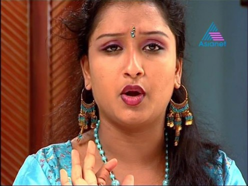 Photo Gallery of Sexy Tamil Serial Aunty