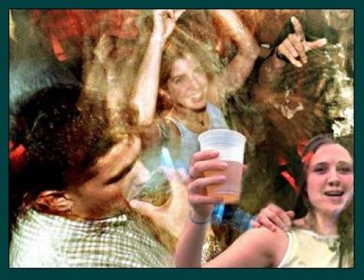 dangers of teen drinking The dangers of underage drinking - teens under the legal minimum age of alcohol should not drink, nor should it be lowered researchers say that giving alcoholic .