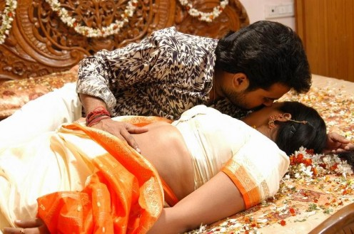Mallu Girls First Night Pictures - Hot hot hot \
