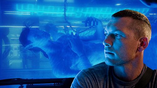 Jake Sully (Sam Worthington) with his avatar