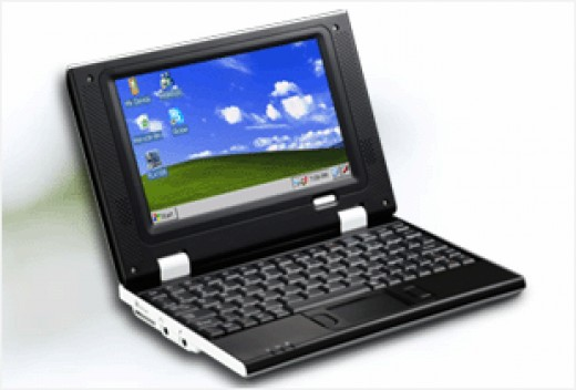 Menq EasyPC E790 Cheap Netbook