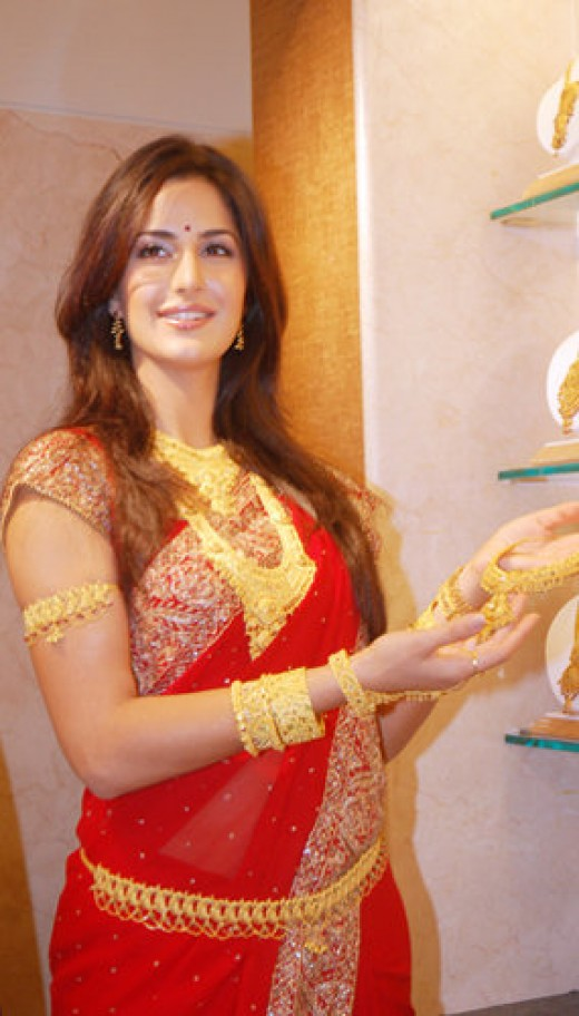 Katrina Kaif - showing off new trendy Gold Bridal Jewelry