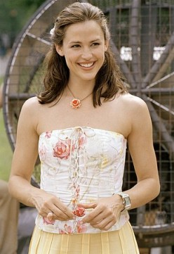 Can't resist Jennifer Garner's smile.