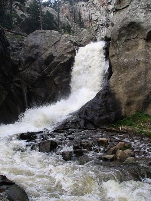 Boulder Falls (photos this page publci domain).