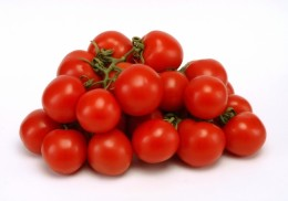 Tomatoes are an excellent source of Vitamin C,and a good source of Vitamin A.