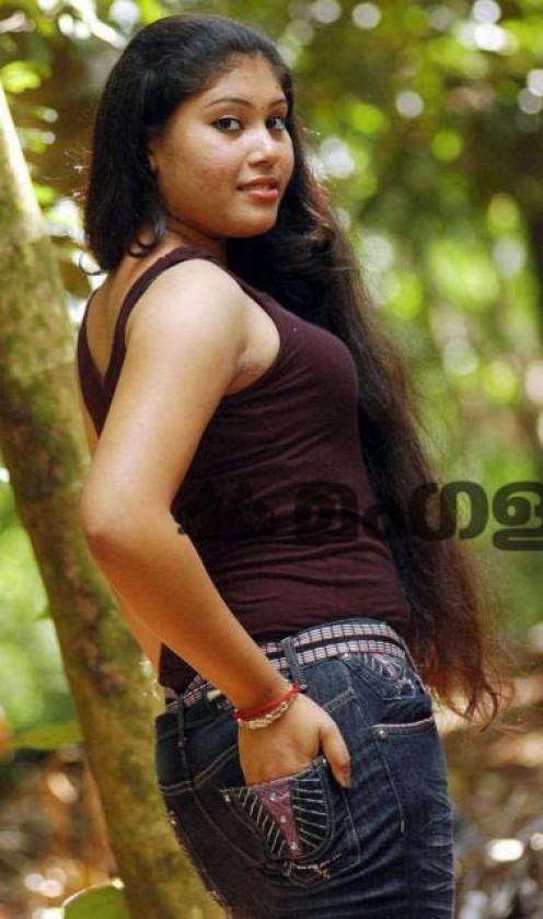 Sheena Hot