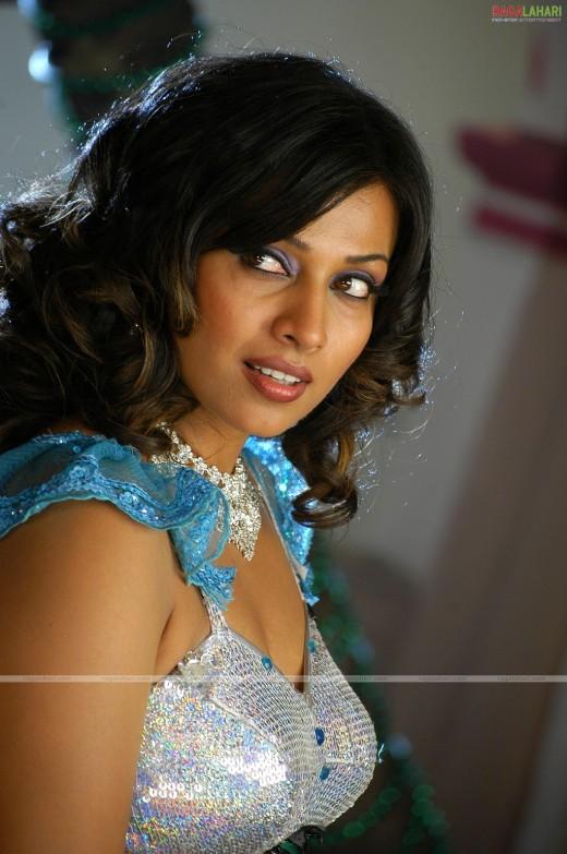 Asha Saini aka Mayuri