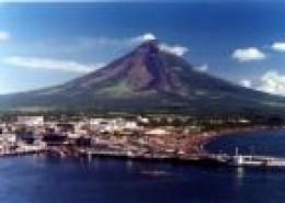 Panoramic view of Mayon (mikeandmaylene.com)