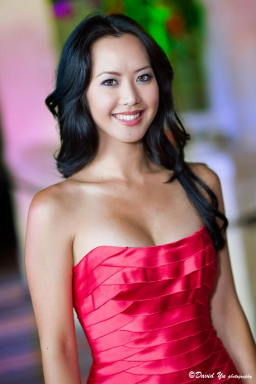 Miss Asian America 2009 Amy Chanthaphavong