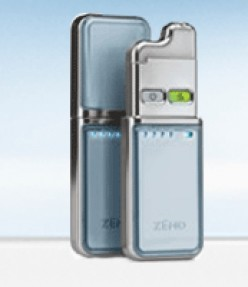 Zeno Ace Pro-Cleaning Device