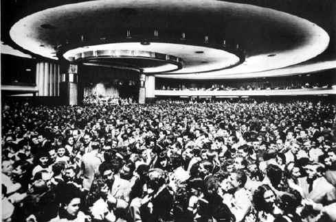 The Palladium - 6500 dancers