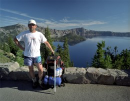 Jondolar poses in front of Crater Lake.