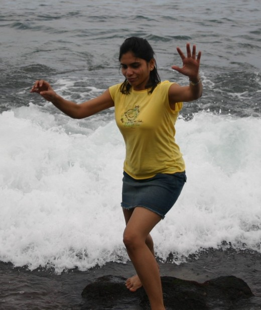 Desi Local Hot Girls In Bech Telugu Hot Wallpapers
