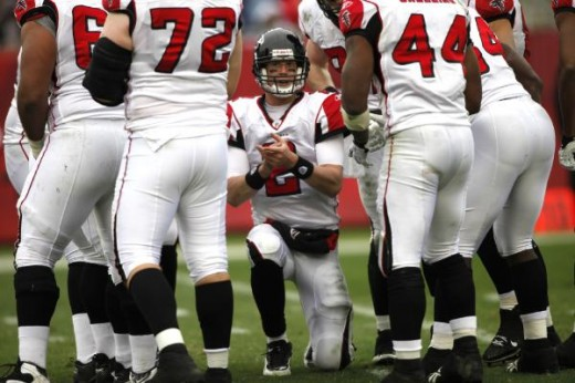 Atlanta Falcons quarterback Matt Ryan (2) claps as he breaks the huddle during an NFL football game Sunday, Jan. 3, 2010, in Tampa, Fla. (AP Photo/Brian Blanco)