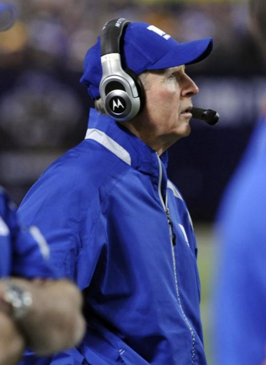 N ew York Giants head coach Tom Coughlin watches during the Giants' 44-7 loss to the Minnesota Twins in an NFL football game Sunday, Jan. 3, 2010, in Minneapolis. (AP Photo/Jim Mone)