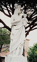 """Statute to Mary in Cannes, France"" by Rob and Donna Ritchie (http://pics.tech4learning.com)"