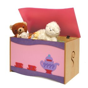 The perfect toy box for girls from Room Magic