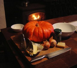 Ingredients for this pumpkin soup with Parmesan cheese