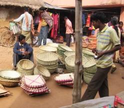 Market around the octagonal terra cotta temple of Gour-Nitai