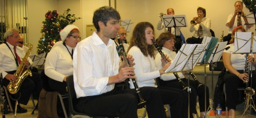 Exeter Community Band, playing all genres including jazz, has many professionals in its ranks. It regularly plays Berks Jazzfest.