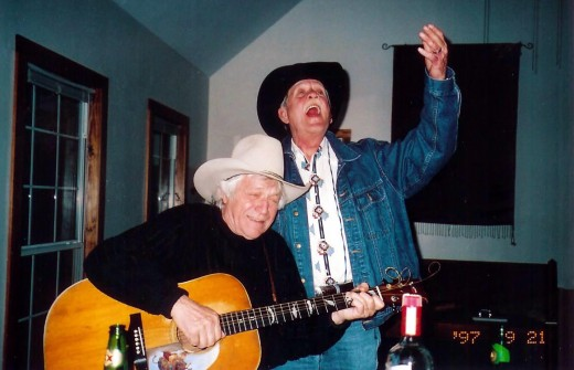 L to R: Folk Music icon Ramblin' Jack Elliott and Steven Fromholz enjoying an impromptu, picking session.