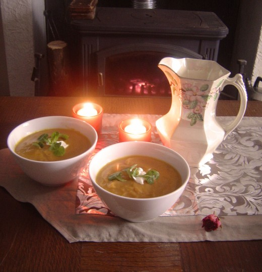 This easy Jerusalem Artichoke soup recipe makes a creamy, warming winter soup.