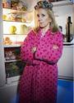 You wouldn't catch Gil sneaking to her fridge in the middle of night, unless it something healthy.