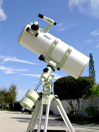 Astronomy Telescopes to buy.    Image taken from http://homeboyastronomy.com copyright 2010.