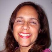 Ellyn52 profile image