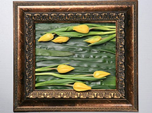 Floral decor painting made from only real flowers and leaves