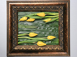 The best ever Valetine gift: a beautiful handcrafted painting that is made from only real flowers