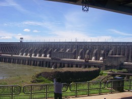 Concrete dam with its generator units