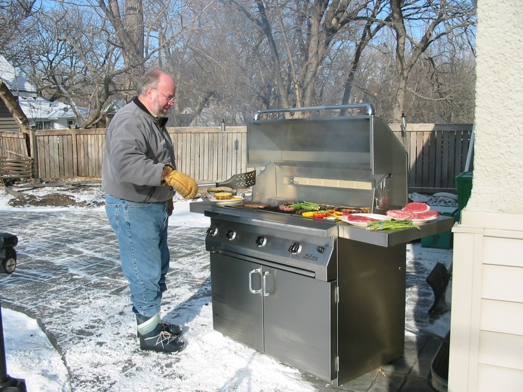 Cooker For Snowmobile ~ Keep your bbq grill cooking all winter hubpages