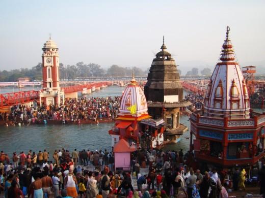 Har Ki Pauri, the main bathing spot at Hardwar 1