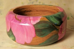 Another view of hibiscus bangle
