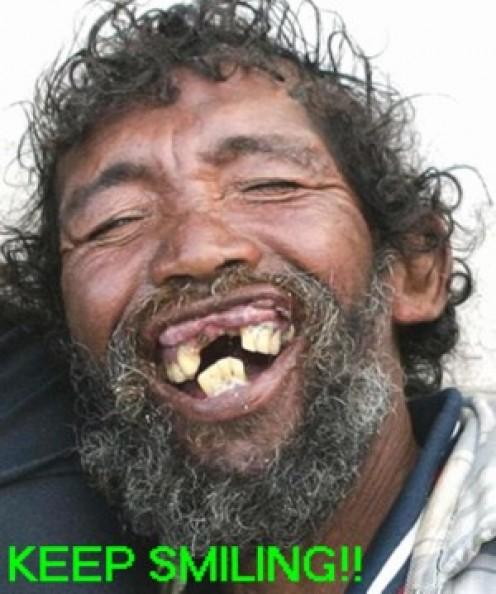 2469794 f496 - Sarfaraz Qamar ki smile