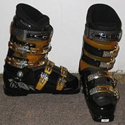 What to Look for in a Good Ski Boots and its Different Types