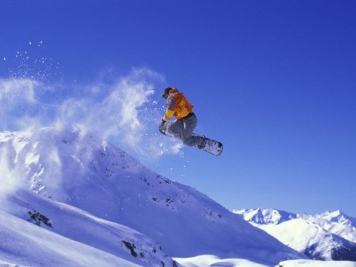 Snowboarding in Banff - friendsbeyondborders.com