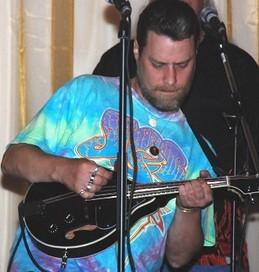 Steven (mandolin, harp, tenor vocals)     Answers to: Hymen
