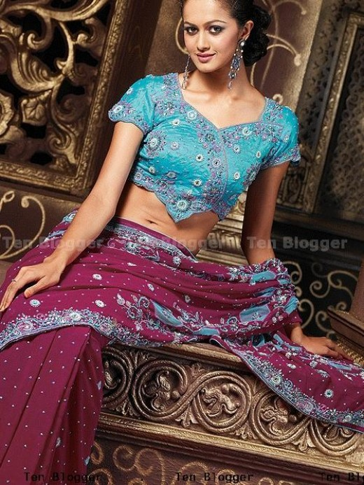 Georgette Saree With Heavy Handwork Of Sequence Stones Beads Heavy Border Contrast Color