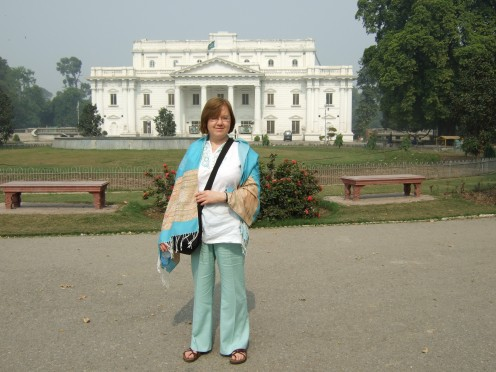 Outside Qaid-e-Azam library October 2008