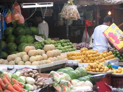Some nicely displayed fruits and vegetable